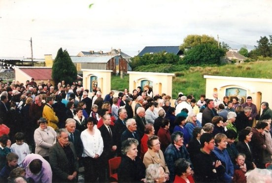 Mass in the Shrine 29 May 2000