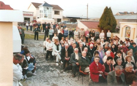 Mission Mass in the Shrine 2000